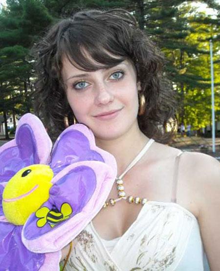 Beautiful young woman - Heiratsagentur.ua-marriage.com