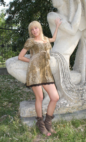 Cute pretty - Heiratsagentur.ua-marriage.com